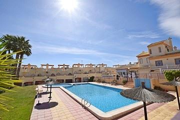 Dwupoziomowy apartament z 2 sypialniami w pobliżu Villamartín * in Ole International