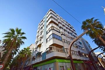 Apartament cu 3 dormitoare în centrul orașului Torrevieja * in Ole International