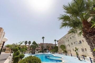 Apartament spațios cu 3 dormitoare, la periferia Torrevieja și a lagunei La Mata in Ole International
