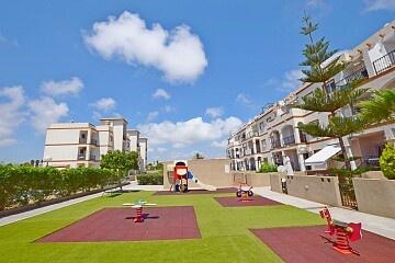 2-Zimmer-Wohnung mit Solarium und Parkplatz in Punta Prima in Ole International