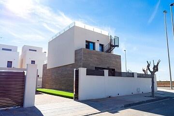Luxury key ready villa near the beach in Torre de la Horadada in Ole International
