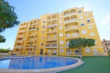 2 beds apartment 10 mins. walk to La Mata beach * in Ole International