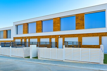 2 beds townhouse near the beach in Gran Alacant in Ole International