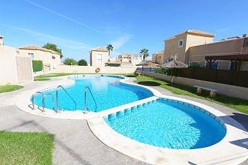 5 bedrooms semidetached villa in Los Altos near La Zenia Boulevard * in Ole International
