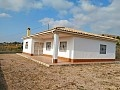 Country villa with 3.000 sq.m. plot in Fortuna in Ole International
