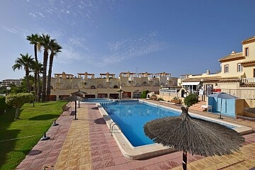 3 beds townhouse with solarium near Villamartin in Ole International