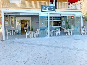 Restaurant to lease by the sea in Playa del Cura in central Torrevieja in Ole International