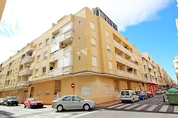 2 beds apartment 200 m. to Los Locos beach in north Torrevieja  in Ole International