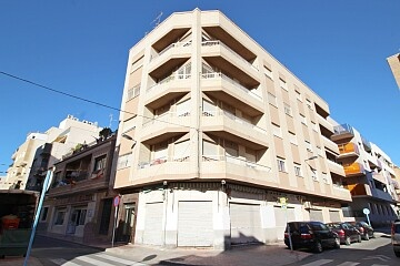 Large penthouse next to the center of Torrevieja in Ole International