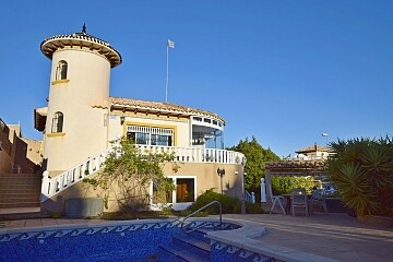 3 beds detached villa with private pool near Villamartin  in Ole International