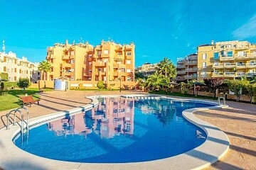 2 storeys penthouse with 2 beds by the beach in Aguamarina  in Ole International