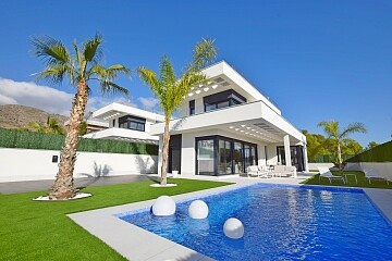 Luxury villas in Benidorm with spectacular sea views  in Ole International
