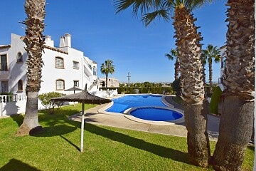 2 beds penthouse with garden & solarium in Villamartin in Ole International