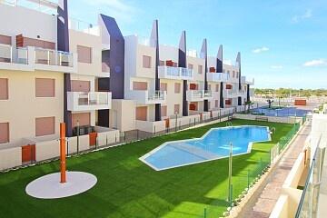 Splitter ny 2-roms leilighet foran Mil Palmeras Beach * in Ole International