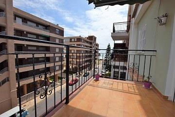 Penthouse on two storeys 130 m. walk to the sea in La Veleta  * in Ole International