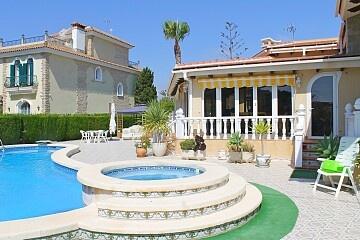 Luxury detached villa near the beach in Cabo Roig in Ole International