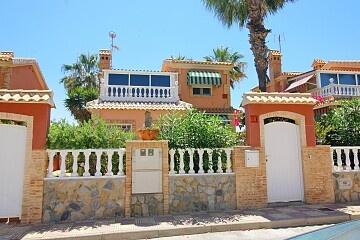 4 beds detached villa in Playa Flamenca  * in Ole International