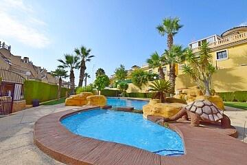 2 beds top floor apartment with solarium nr. Villamartin  * in Ole International