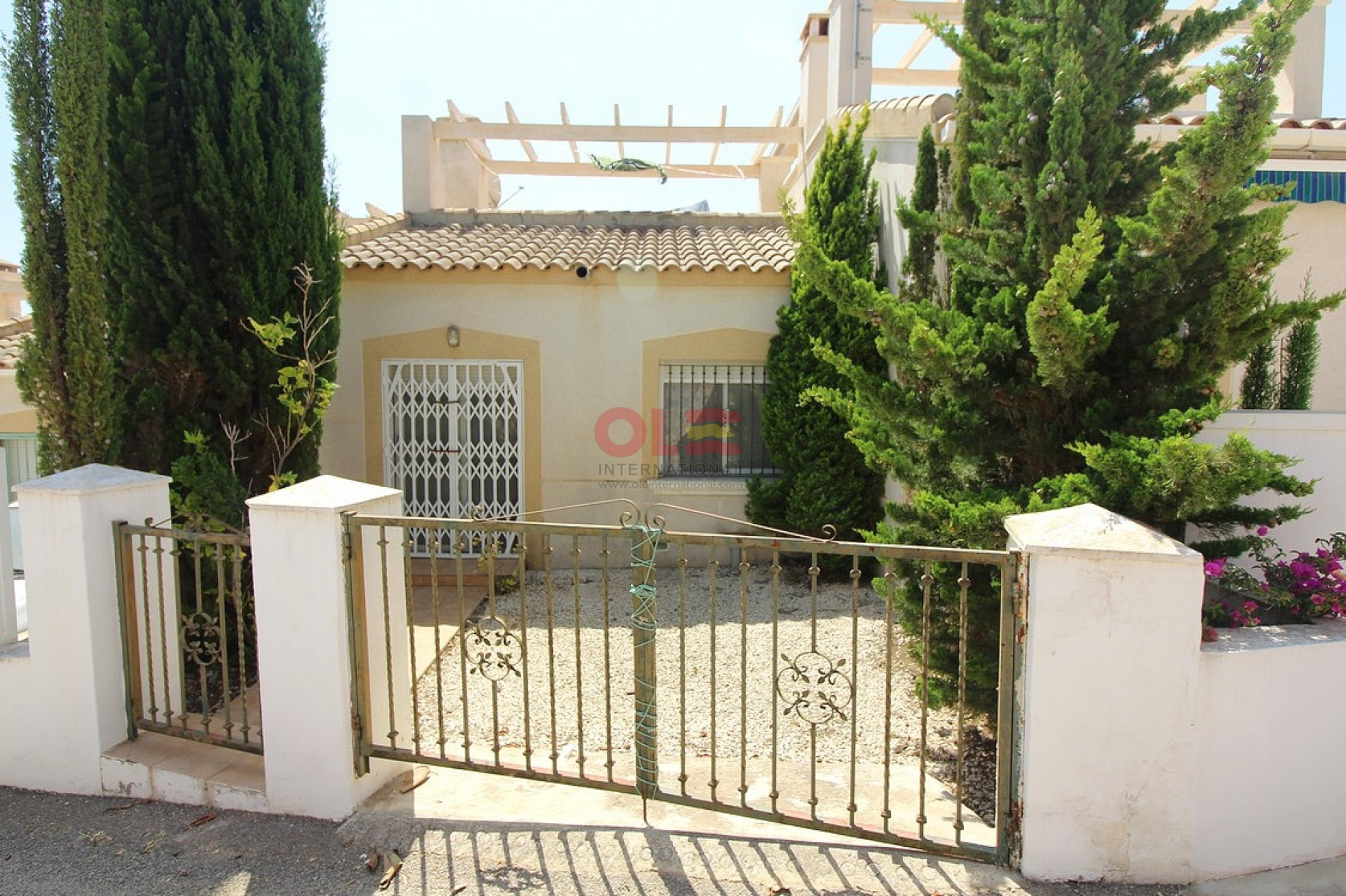 Ref:LE-93586 Townhouse For Sale in Orihuela Costa