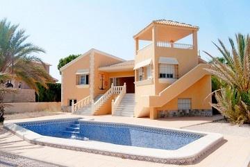 Detached Villa in La Manga del Mar Menor in Olé International