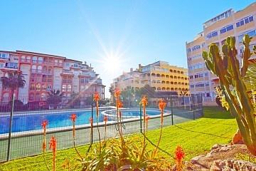 Nyckelfärdiga lägenheter i La Mata SÄLJ NU! * in Ole International