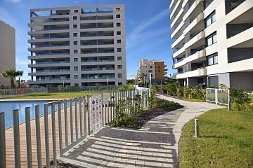 Apartamento en planta baja en Punta Prima, Punta Prima in Olé International