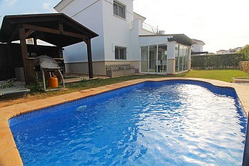 Detached Villa in Torre-Pacheco in Olé International