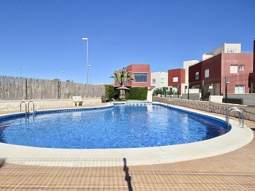 Townhouse in Las Filipinas, Orihuela Costa in Olé International