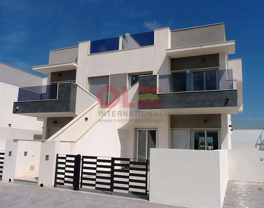 Top floor bungalow in Pilar de la Horadada - New build in Olé International