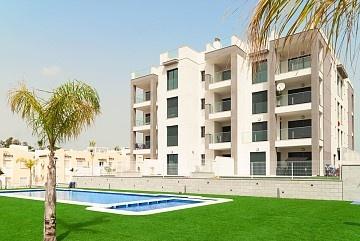 Apartment in Zona de Villamartin, Orihuela Costa in Olé International