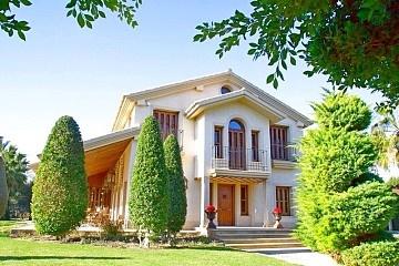 Detached Villa in Almoradi in Olé International