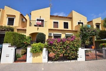 Townhouse in La Zenia, Orihuela Costa in Olé International